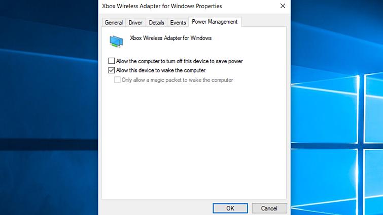 """Karta Řízení spotřeby na stránce s vlastnostmi v systému Windows pro bezdrátový síťový adaptér Xbox pro Windows se zvolenou možností """"Povolit zařízení probouzet počítač"""" azvýrazněným tlačítkem OK"""