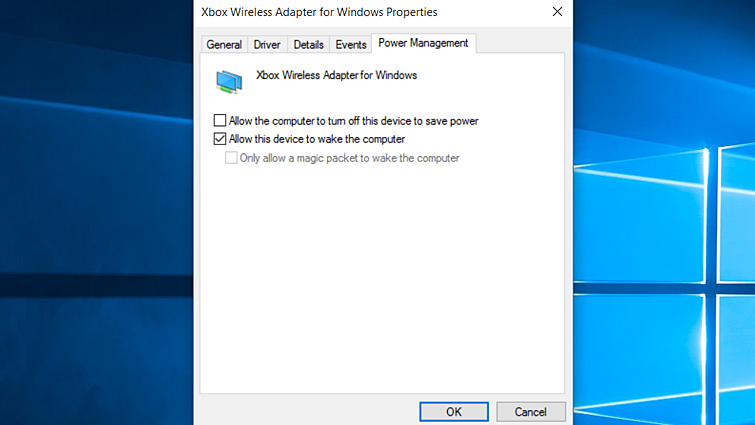 Windows용 Xbox 무선 어댑터에 대한 Windows 속성 시트의 전원 관리 탭이며 '이 장치를 사용하여 컴퓨터의 대기 모드를 종료할 수 있음' 옵션과 확인 버튼이 강조 표시되어 있습니다.